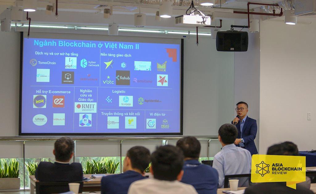 """Chuyên gia RMIT Việt Nam đề xuất có khung pháp lý thí điểm cho blockchain   """"Việt Nam cần có khung pháp lý thí điểm và đẩy mạnh giáo dục cho blockchain"""""""