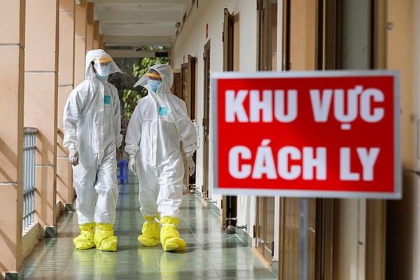 Việt Nam cách ly, giám sát hơn 15.000 người để ngăn Covid-19