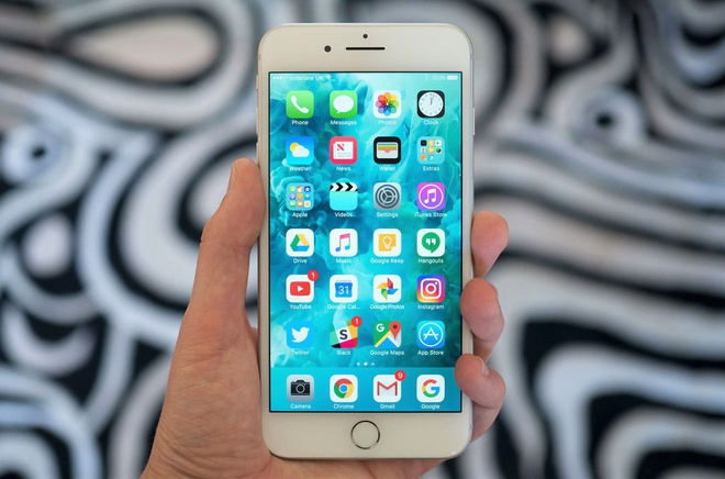 Loat iPhone chinh hang giam gia manh hinh anh 1 iphone_7_plus_9.jpg