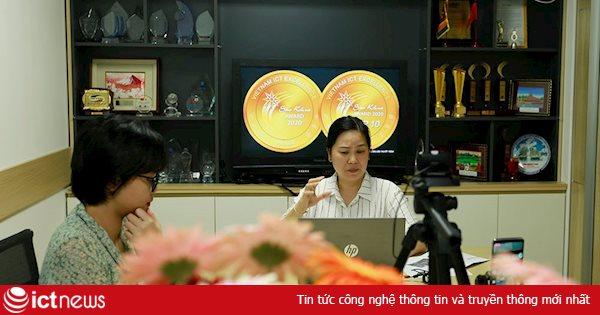 Phòng dịch Covid-19, Ban tổ chức Sao Khuê 2020 livestream hướng dẫn doanh nghiệp thuyết trình