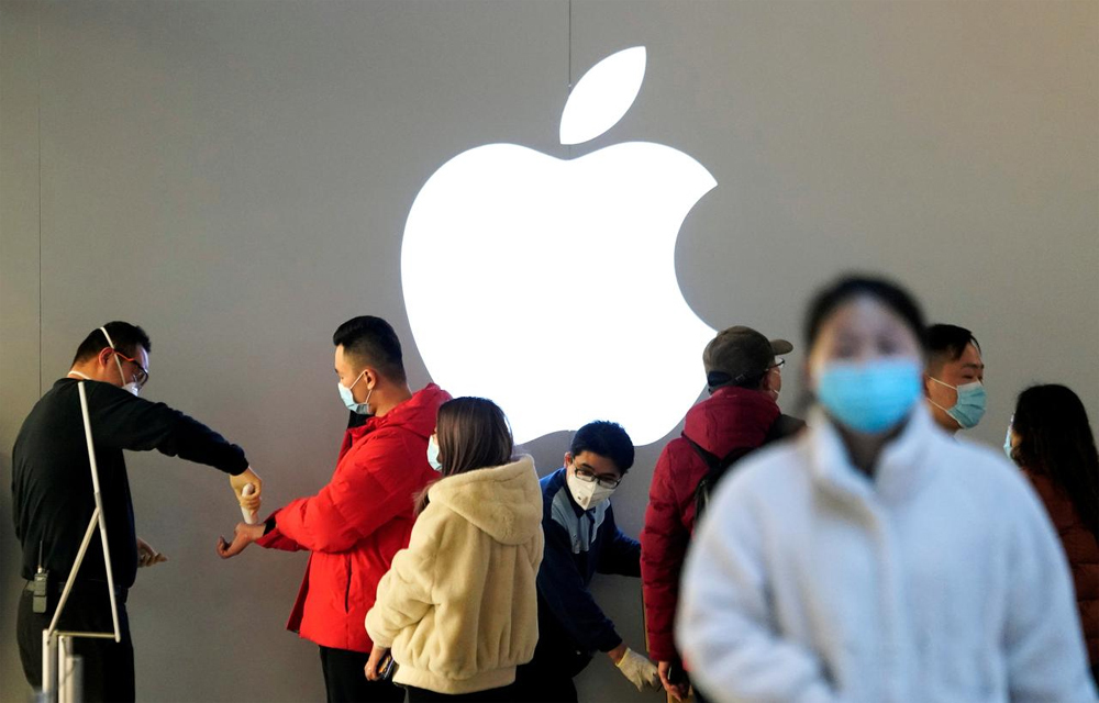 Nhà máy iPhone đã hoạt động trở lại, Apple đối mặt với nỗi lo mới