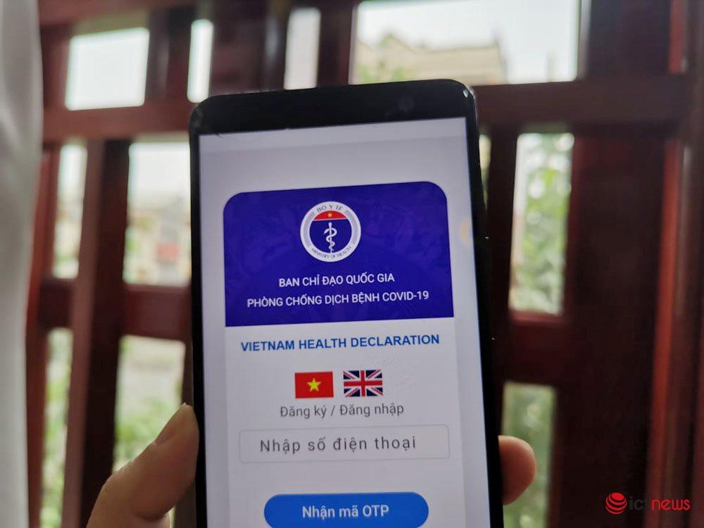 Sau 1 tuần, hệ thống khai báo y tế cho người nhập cảnh đã có gần 100.000 hồ sơ | Phòng dịch Covid-19: Chính thức ra mắt hệ thống khai báo sức khoẻ du lịch do Viettel triển khai