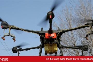 Tây Ban Nha dùng drone cảnh báo người dân ở trong nhà đề phòng Covid-19