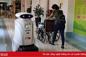 Robot vệ sinh thay thế con người tại Singapore