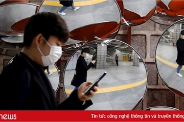 Hàn Quốc giám sát người vi phạm cách ly bằng vòng đeo điện tử