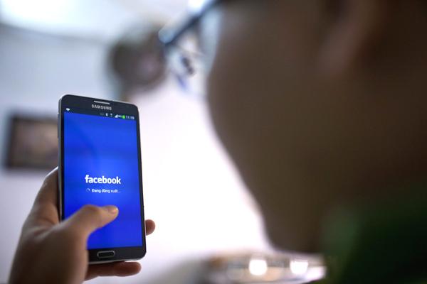 Người dân share link báo trên Facebook không vi phạm Nghị định 15/2020