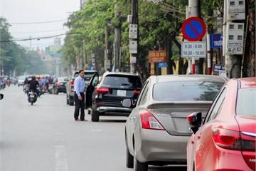 Dừng đỗ sai quy định, ô tô có thể bị phạt tới 12 triệu đồng