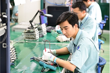 Chiều nay, phái đoàn của Chủ tịch Kim Jong-Un đến thăm cơ sở nghiên cứu, sản xuất thiết bị dân sự của Viettel