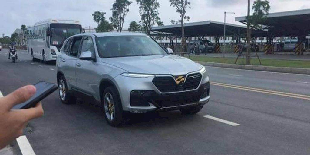 Ô tô VinFast lộ ảnh chạy thử ở Việt Nam trước khi đến tay khách hàng - ảnh 3