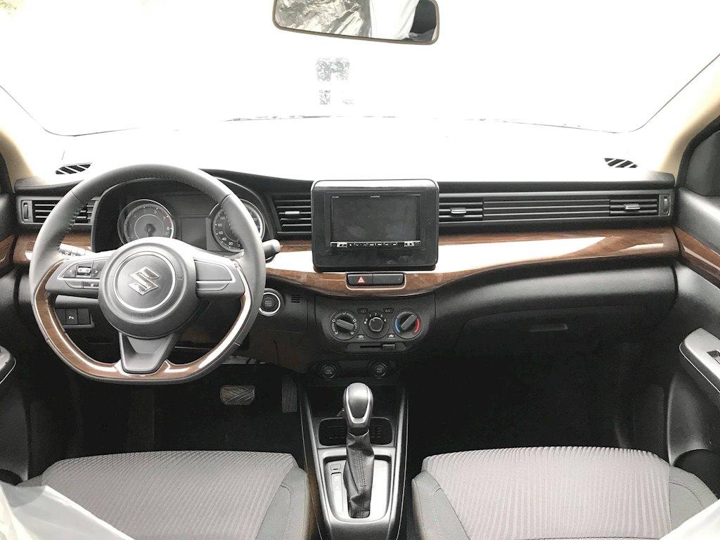 Suzuki Ertiga 2019 ồ ạt về đại lý, sẵn sàng đối đầu với Mitsubishi Xpander - ảnh 4
