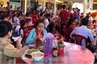 Cà phê, quán ăn ở TPHCM 'nhảy giá' đuổi không hết khách
