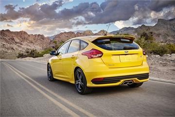 Hàng chục nghìn xe Focus có nguy cơ 'méo' bình xăng