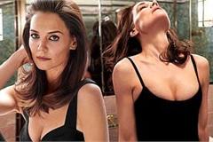 Vợ cũ Tom Cruise ngực đầy quyến rũ, gợi cảm bất ngờ ở tuổi 41