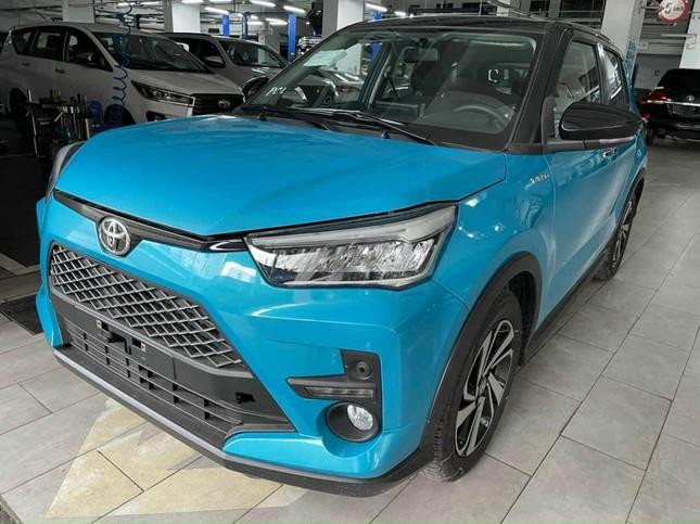 Toyota Raize bất ngờ xuất hiện tại Việt Nam ảnh 1