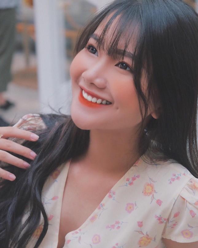 """Quỳnh Trang – Cô gái nhỏ với ý chí """"to"""" của Học viện Tài chính ảnh 1"""