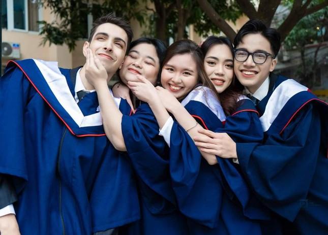 Rufino Aybar: Chân dung 'học bá' của khoa Luật Học viện Ngoại giao ảnh 7