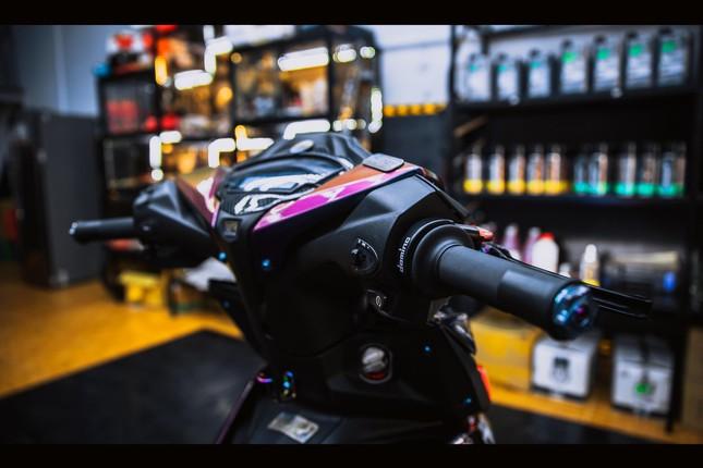 Honda Winner gắn loạt đồ chơi hàng hiệu của biker Đà Nẵng ảnh 13