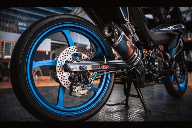Honda Winner gắn loạt đồ chơi hàng hiệu của biker Đà Nẵng ảnh 4