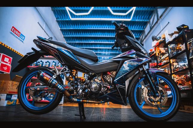 Honda Winner gắn loạt đồ chơi hàng hiệu của biker Đà Nẵng ảnh 1