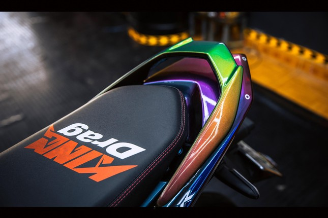 Honda Winner gắn loạt đồ chơi hàng hiệu của biker Đà Nẵng ảnh 10