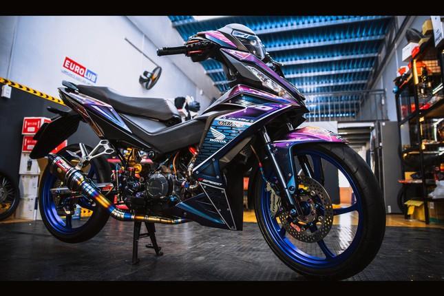 Honda Winner gắn loạt đồ chơi hàng hiệu của biker Đà Nẵng ảnh 9