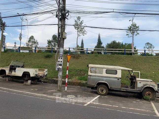 Ba chiếc Land Rover đời cổ của chàng kỹ sư tại Lâm Đồng ảnh 1