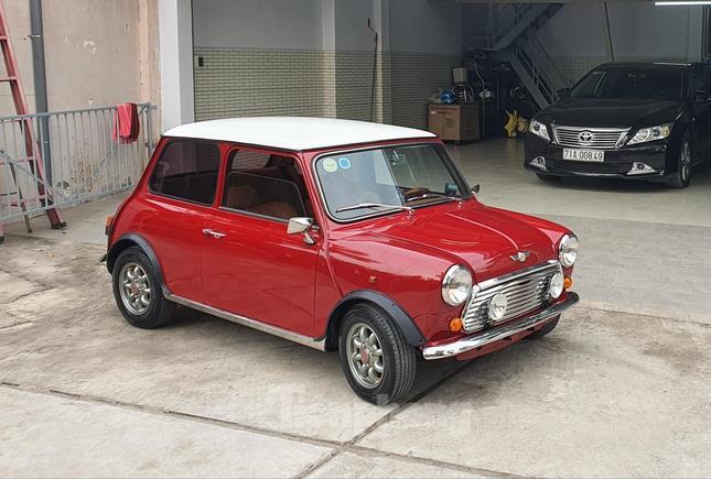 Tái hiện Mini Cooper phong cách Mr Bean tại Bến Tre ảnh 1