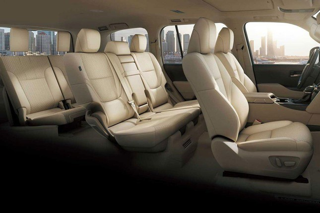 Đại lý hét chênh 400 triệu cho suất mua Toyota Land Cruiser mới ảnh 2