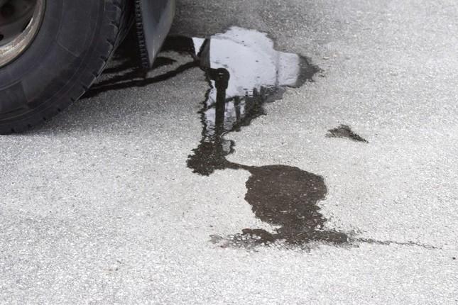 Những dấu hiệu cho thấy chiếc xe sắp phải đi sửa ảnh 2