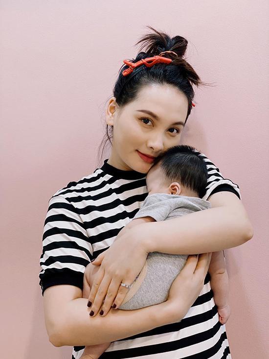Lý do khiến chồng Bảo Thanh bỏ công việc ổn định làm quản lý cho vợ ảnh 1