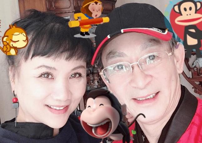 'Tôn Ngộ Không' Lục Tiểu Linh Đồng kỉ niệm 33 năm cưới bà xã là bạn diễn 'yêu quái' ảnh 3