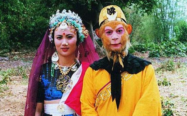 'Tôn Ngộ Không' Lục Tiểu Linh Đồng kỉ niệm 33 năm cưới bà xã là bạn diễn 'yêu quái' ảnh 4