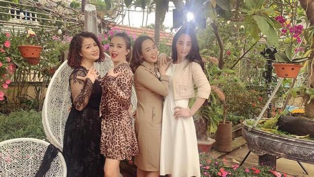 Diễn viên Hoàng Yến: Tôi mất vai bà Bích trong 'Hương vị tình thân' vì… trẻ quá! ảnh 2