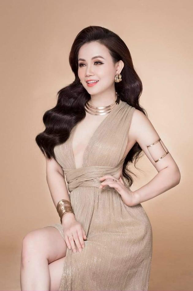 Diễn viên Hoàng Yến: Tôi mất vai bà Bích trong 'Hương vị tình thân' vì… trẻ quá! ảnh 1
