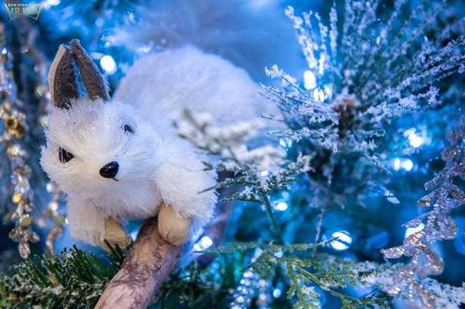 Choáng ngợp sắc màu Noel trong biệt thự 60 tỷ của Đàm Vĩnh Hưng - ảnh 13