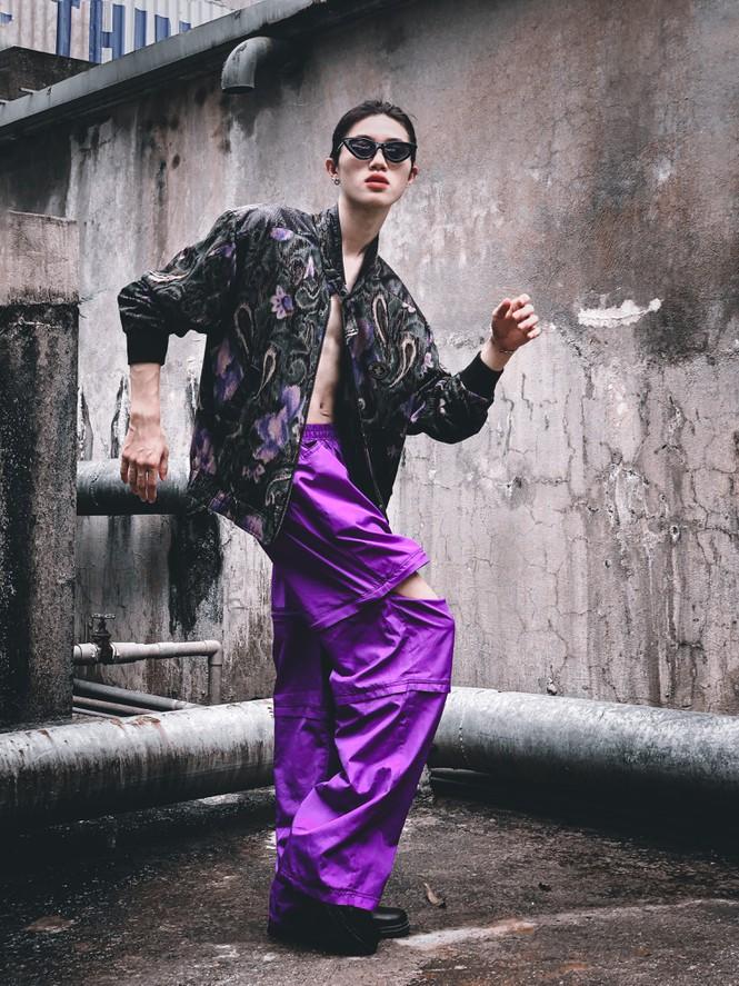 Chàng trai sở hữu vẻ đẹp gây sốc thách thức chuẩn mực giới tính - ảnh 4