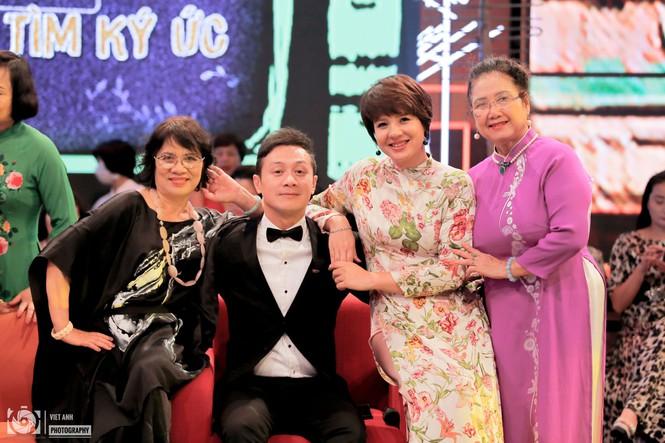 Bật mí về 'bà mối' cho MC Diễm Quỳnh và Anh Tuấn thuở mới vào đài truyền hình - ảnh 4