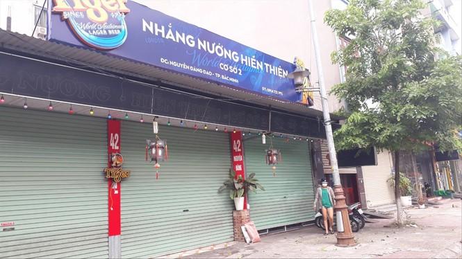 Vụ chủ quán bắt khách quỳ tại Bắc Ninh: Nạn nhân nhập viện, suy sụp - ảnh 1