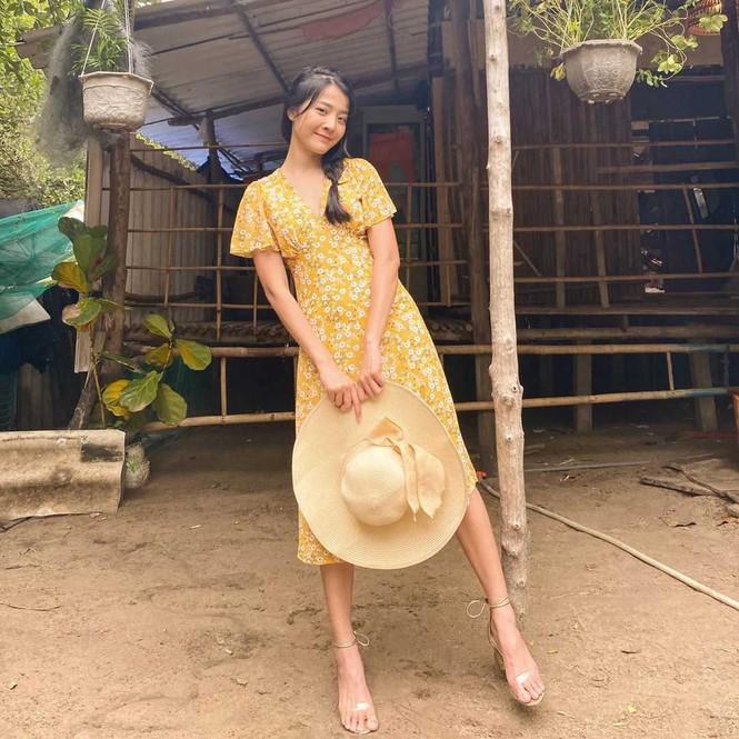 Sắc màu mùa Hè tươi mát tràn ngập trong phong cách thời trang của sao Việt tuần qua - ảnh 3