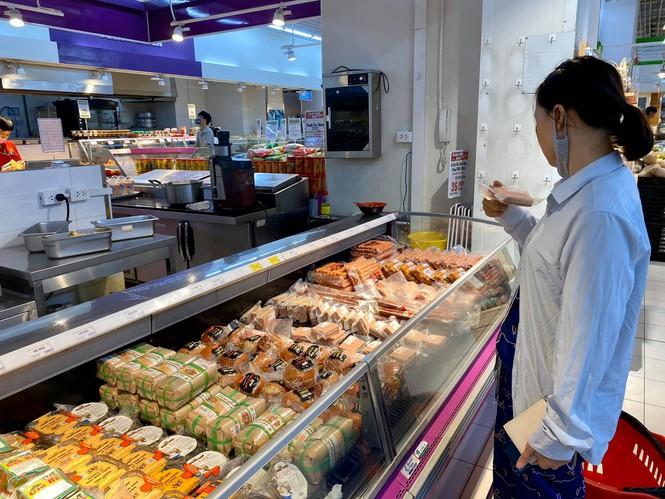 Giá thịt lợn hơi 'hạ nhiệt' vì thông tin cho nhập thịt lợn sống nguyên con - ảnh 2