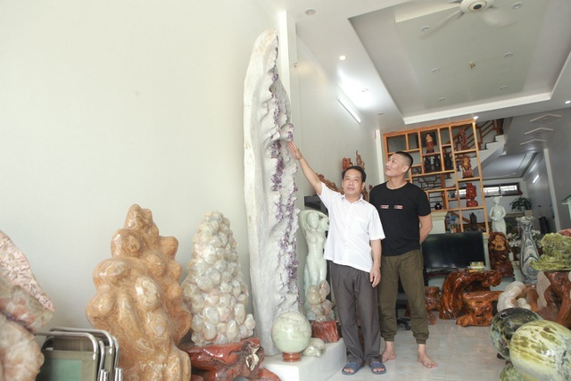 Gốc tinh thể ruby lớn nhất thế giới tại Yên Bái được trả giá tới 6 tỷ đồng - ảnh 1