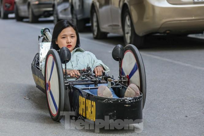 Chi tiết chiếc xe chạy hơn 1.000 km chỉ tốn một lít xăng xuất hiện ở Hà Nội - ảnh 2