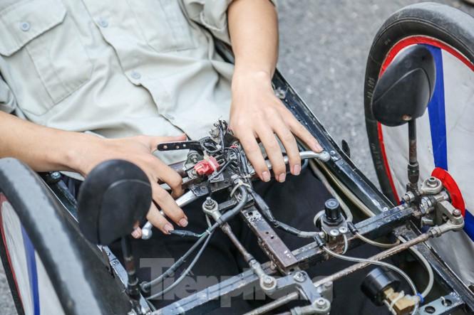 Chi tiết chiếc xe chạy hơn 1.000 km chỉ tốn một lít xăng xuất hiện ở Hà Nội - ảnh 5