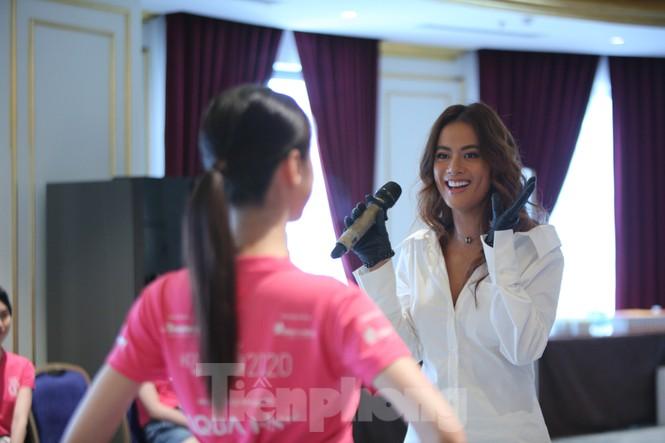 Dàn HLV của Hoa hậu Việt Nam 2020 nói gì trước đêm bán kết? - ảnh 2
