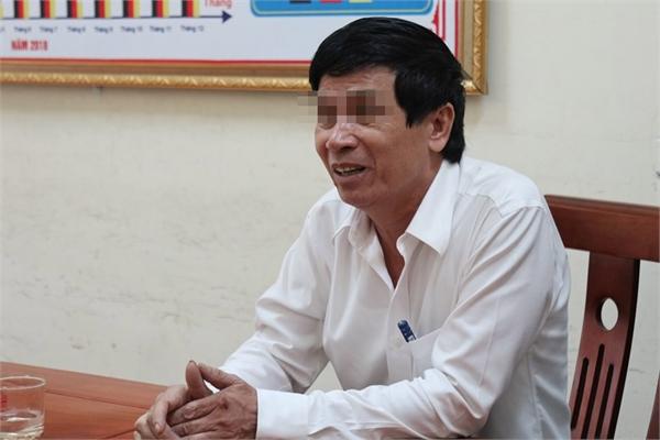 Nghe VietNamNet: Tước bằng lái 2 tháng tài xế Lexus cản đường xe cứu hỏa