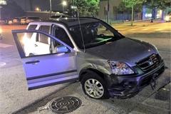 Người phụ nữ Mỹ ném rắn vào tài xế để trộm xe