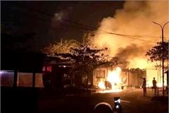 Cháy nhà trong hẻm nhỏ ở Sài Gòn, 5 người một nhà tử vong