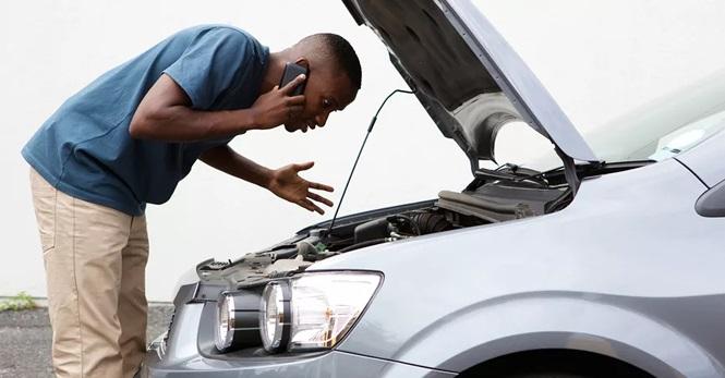 Các 'triệu chứng' cho thấy ôtô bị lỗi bộ điều khiển động cơ - ảnh 1