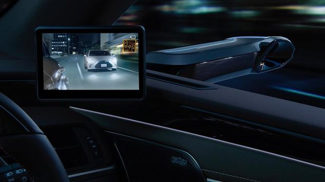 Camera đang dần thay thế gương chiếu hậu trên ôtô? - ảnh 1