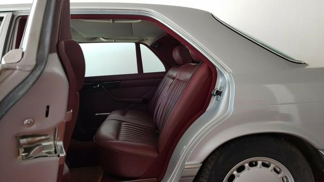 Xe Mercedes 33 năm tuổi còn 'mới cứng' định giá gần 4 tỷ đồng - ảnh 5